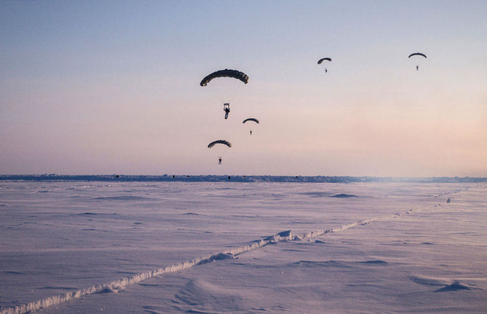 Arctic troops start to receive special weapons
