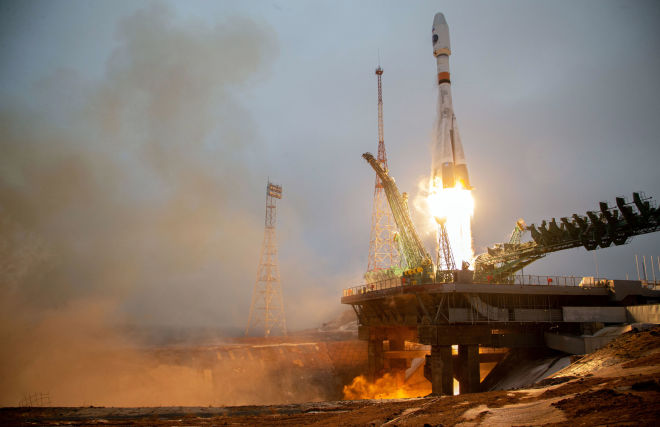 A Soyuz-2.1B rocket launches the Arktika-M spacecraft from the Baikonur Cosmodrome