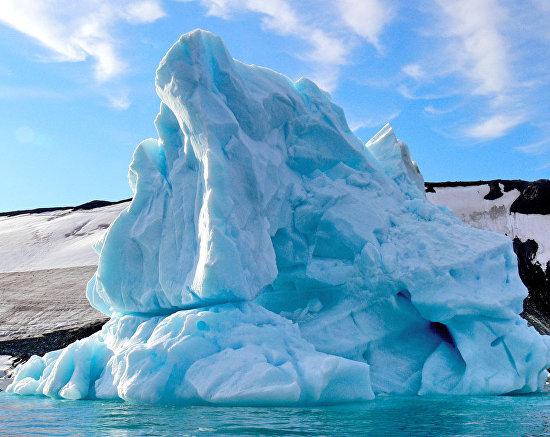 An iceberg near Hooker Island, Franz Josef Land