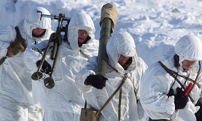 The Russian Northern Fleet's Arctic brigade conducts drills on Kotelny Island