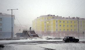 Рогозин: В Арктике необходимы новые материалы и специалисты