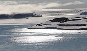 Рогозин: У РФ нет спутниковых систем всепогодного наблюдения за Арктикой