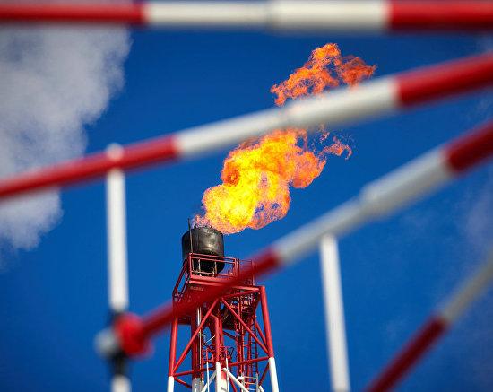 The flambeau light at the Prirazlomnaya offshore oil platform