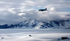 Russia to start designing light multi-purpose planes for the Arctic in 2016 - Rogozin