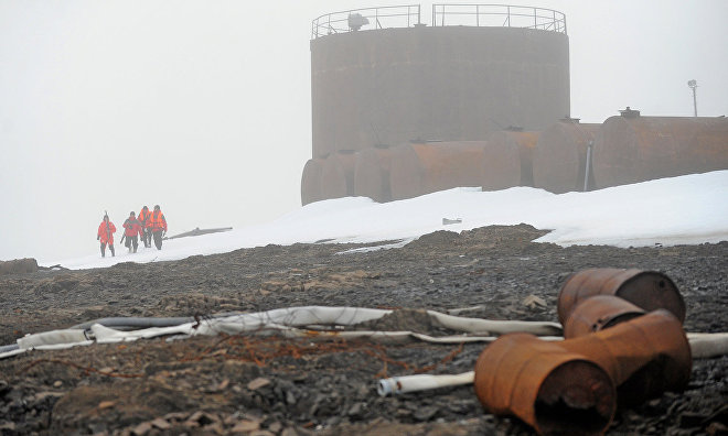 Cleaning up of Franz Josef Land to be continued in 2016