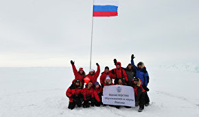9th Skiing to the North Pole youth expedition