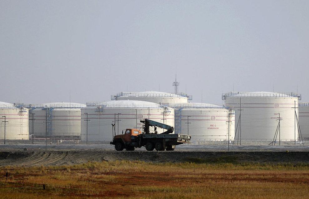 Vladimir Putin launches oil loading at Arctic Gate