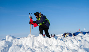 Dmitry Medvedev signs document facilitating international Arctic research