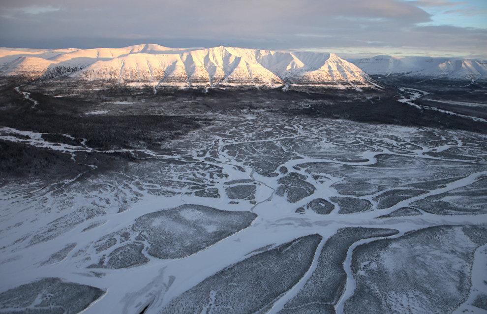 Muksun River Valley