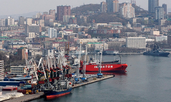 Murmansk governor proposes special conditions for Arctic ports