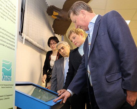 Murmansk Region Governor Marina Kovtun, Special Presidential Representative for Environmental Protection, Ecology and Transport Sergei Ivanov