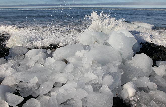 Scientists measure the minimum Arctic ice volume in summer 2019