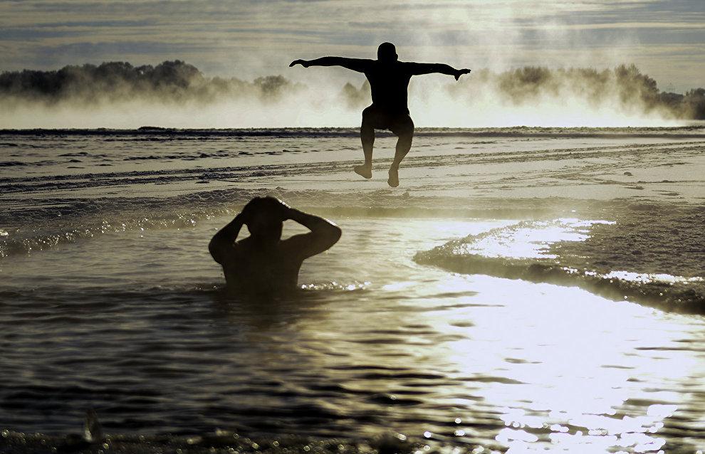 Senior athlete from Novosibirsk plans to swim in the Arctic Ocean