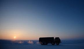 Новый арктический тягач для МЧС испытают в Якутии