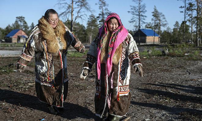 Кобылкин: Жёны оленеводов с 2018 года будут получать зарплату