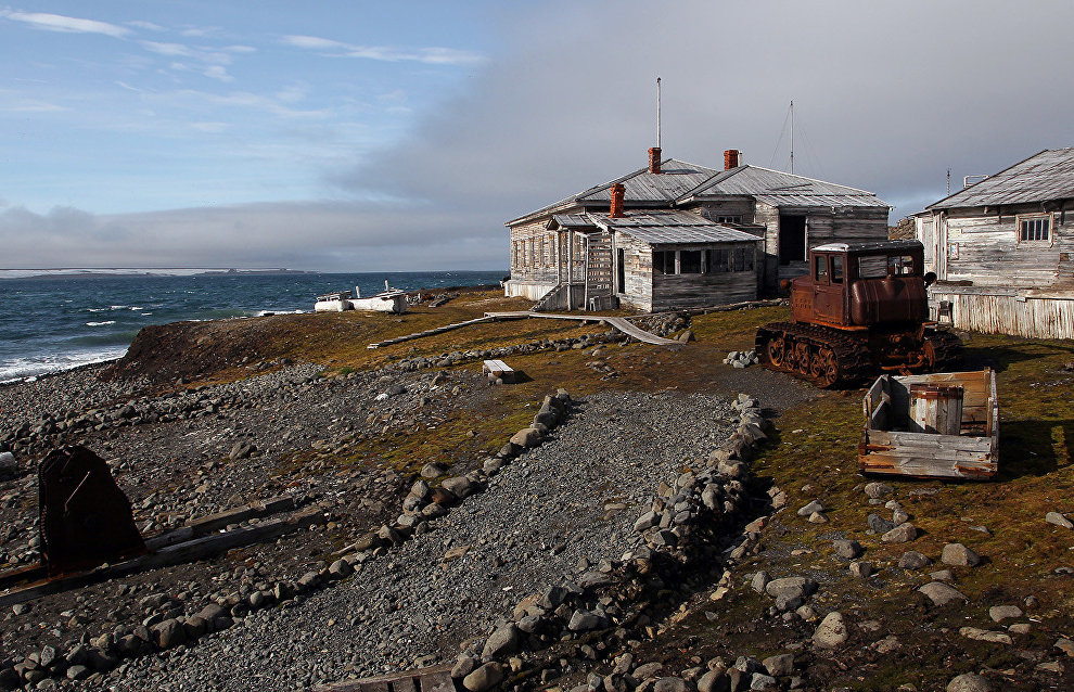 Russian Arctic researchers return from spring fieldwork trip to Franz Josef Land