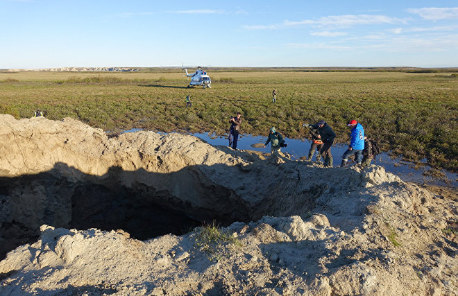 Studying new craters on Yamal