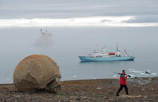 «Арктический плавучий университет» отправился к Земле Франца-Иосифа