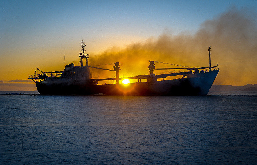Russia starts making its first Russian ship compass for the Arctic