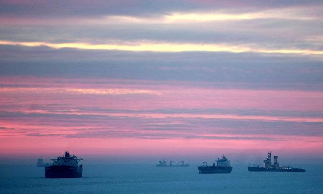 Эксперт: Перевозки углеводородов в Арктике к 2025 году достигнут 65 млн тонн