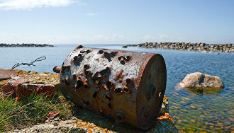 Environmental expedition to clean Vilkitsky Island