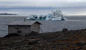 Arctic Floating University begins fieldwork on Franz Josef Land