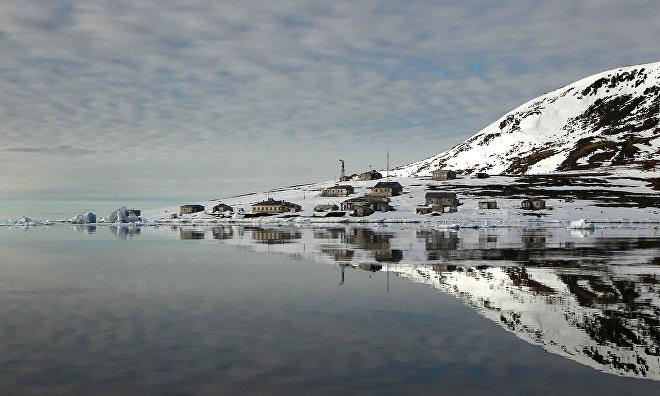 Более 1 тыс. туристов посетили летом «Русскую Арктику»