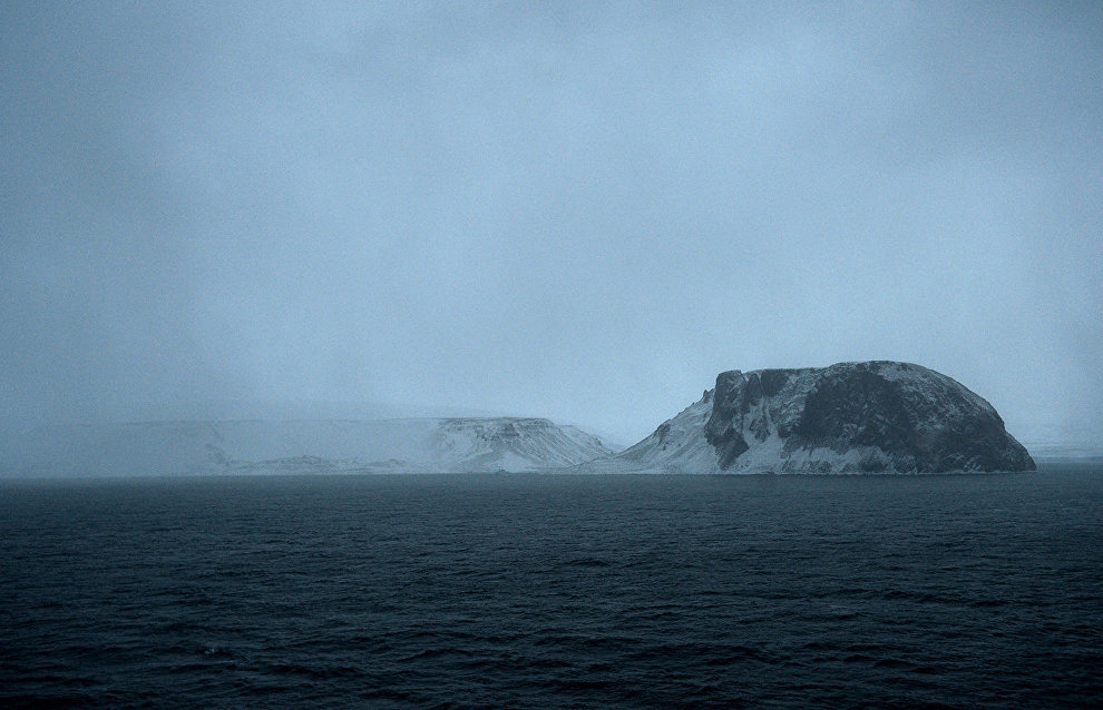 Gavrilo: Franz Josef Land's islands littered with plastic