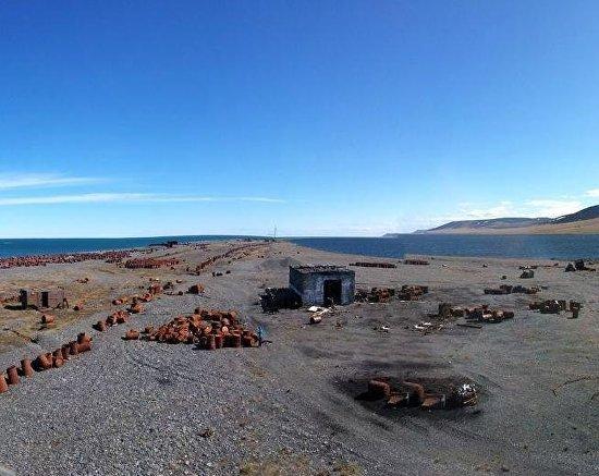 Валькаркай. Заброшенная военная база на берегу Ледовитого океана