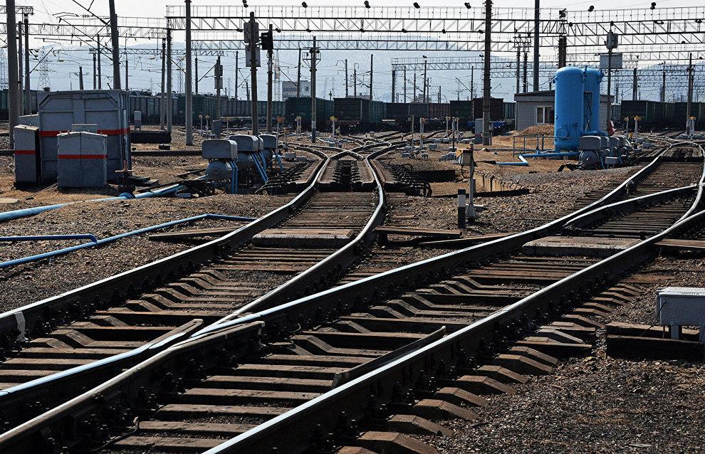 St. Petersburg–Murmansk train changes schedule for school student