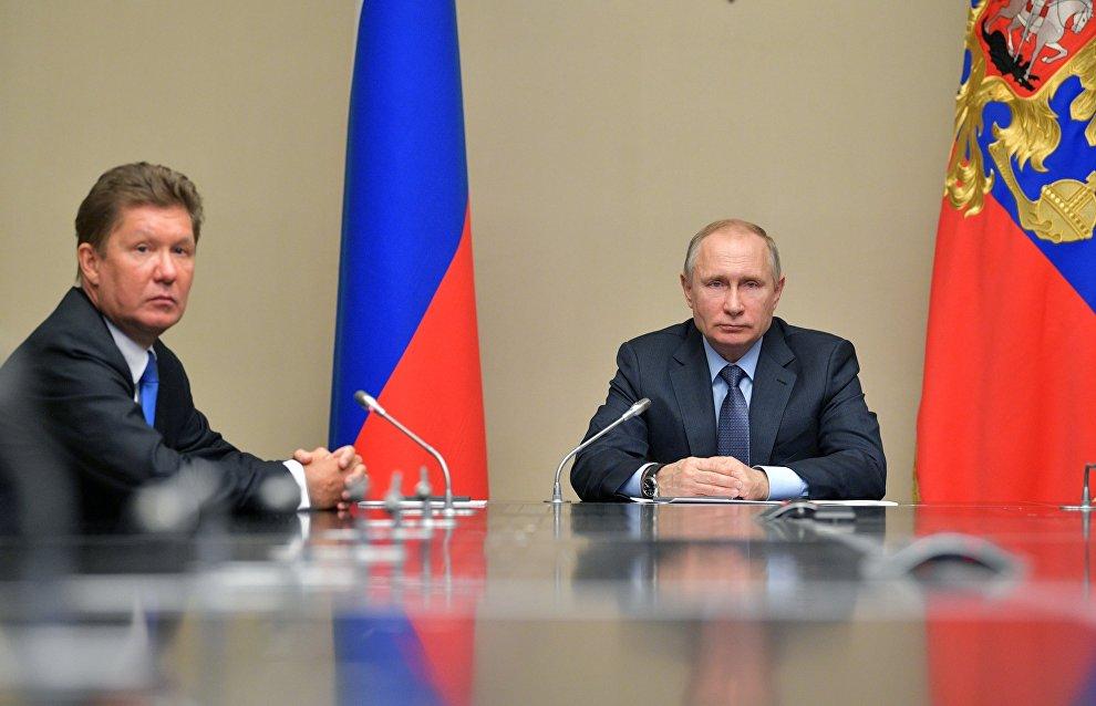 Vladimir Putin congratulates Gazprom on its 25th anniversary