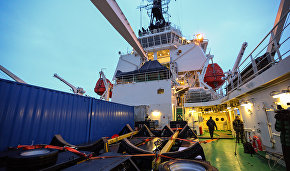 Russia to buy three 60-megawatt Arctic icebreakers before 2022