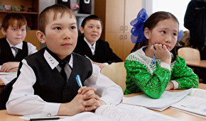 Putin instructs ministries to train language teachers for small indigenous ethnic groups