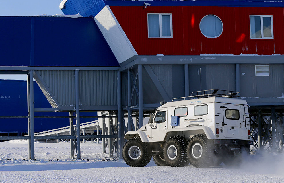 Emergencies Ministry tests new equipment in the Arctic