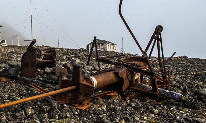 Военные экологи соберут на острове Врангеля почти 630 тонн металлолома