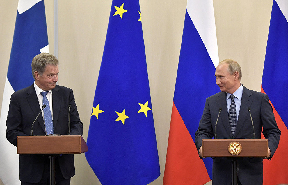 Russian and Finnish presidents discuss international agenda