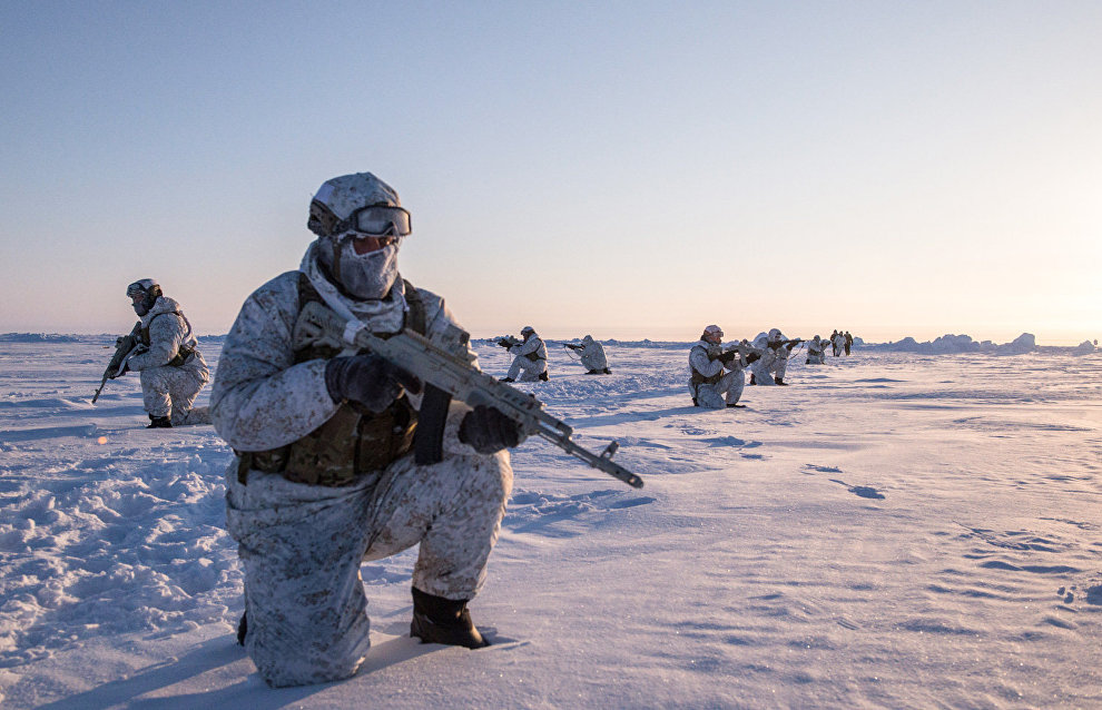 Defense Minister Shoigu notes threat of Arctic conflicts