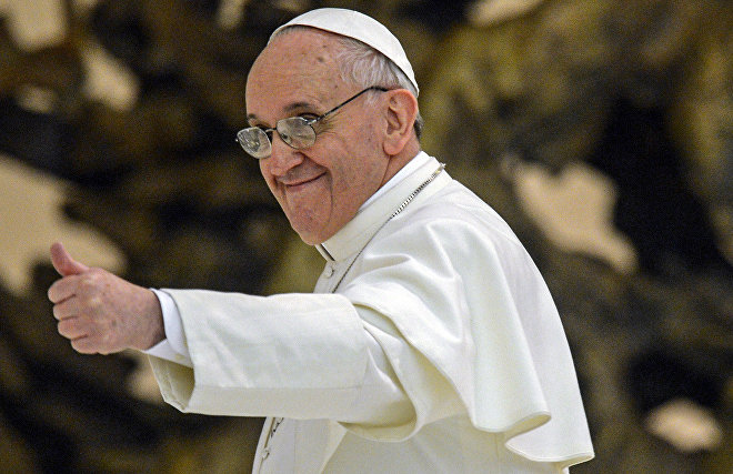 Pope Francis becomes honorary captain of The Last Ice Hockey Game on the North Pole