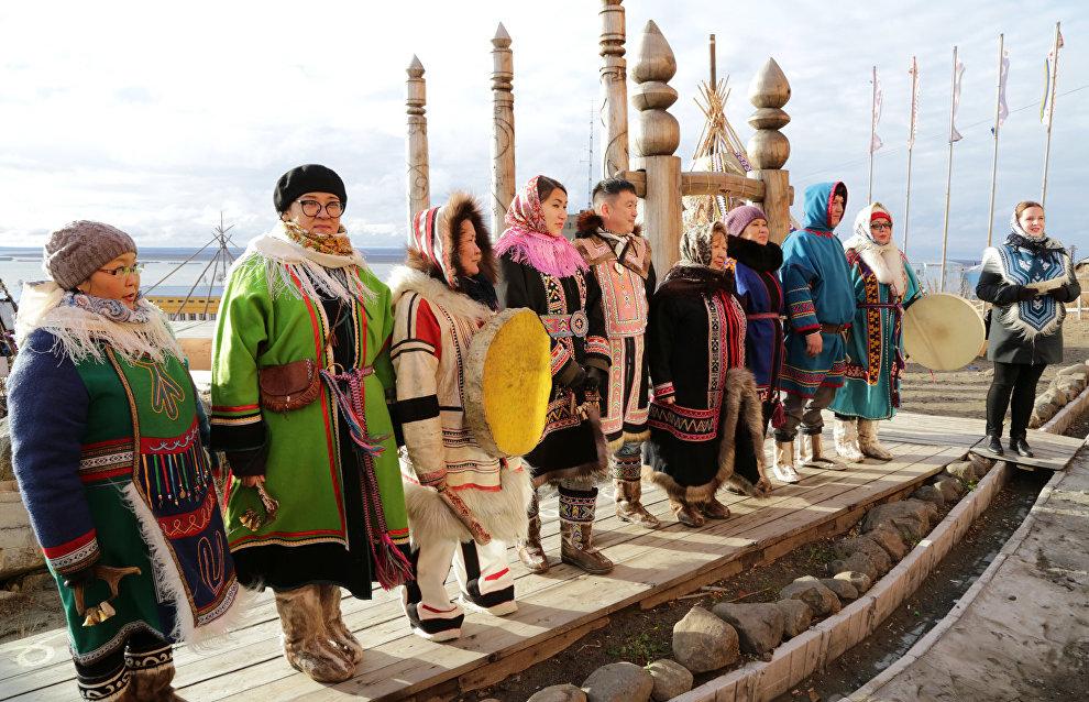 Представители коренных малочисленных народов Севера