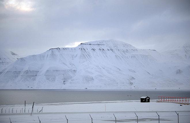 Создание первой спасательной базы России на Шпицбергене отложено
