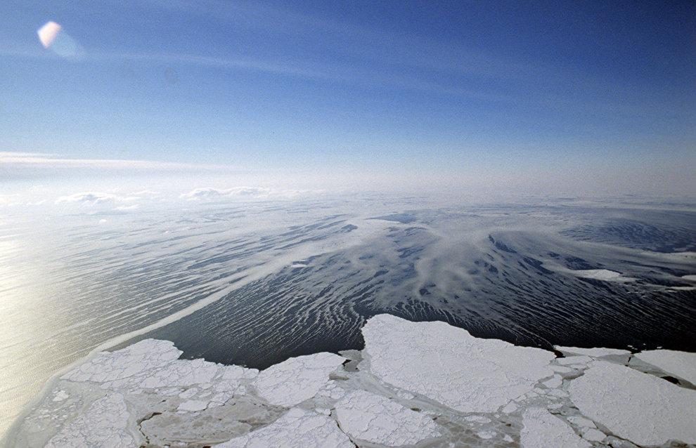 РФ и США успешно провели тренировку по борьбе с нефтеразливами в Беринговом проливе