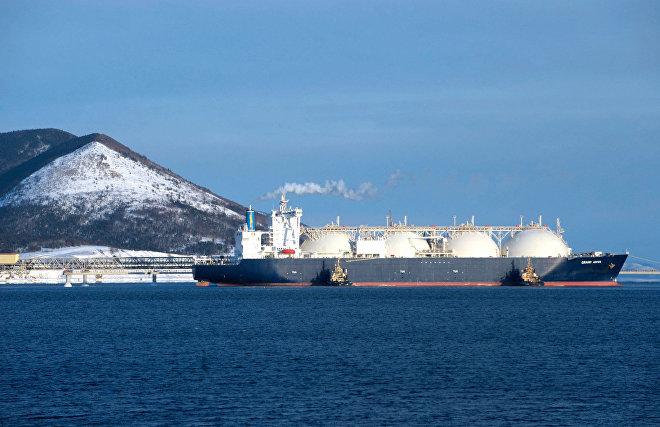 ВЭБ планирует предоставить кредит на 18,5 млрд руб. на строительство танкера по перевозке СПГ