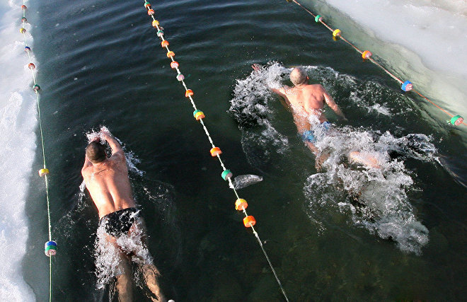 Moroccan, Chilean and South African swimmers to come to ice swimming competition in Murmansk