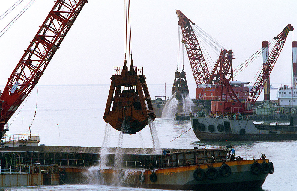 Seabed dredging at Utrenny terminal to be funded by nuclear icebreaker money – media