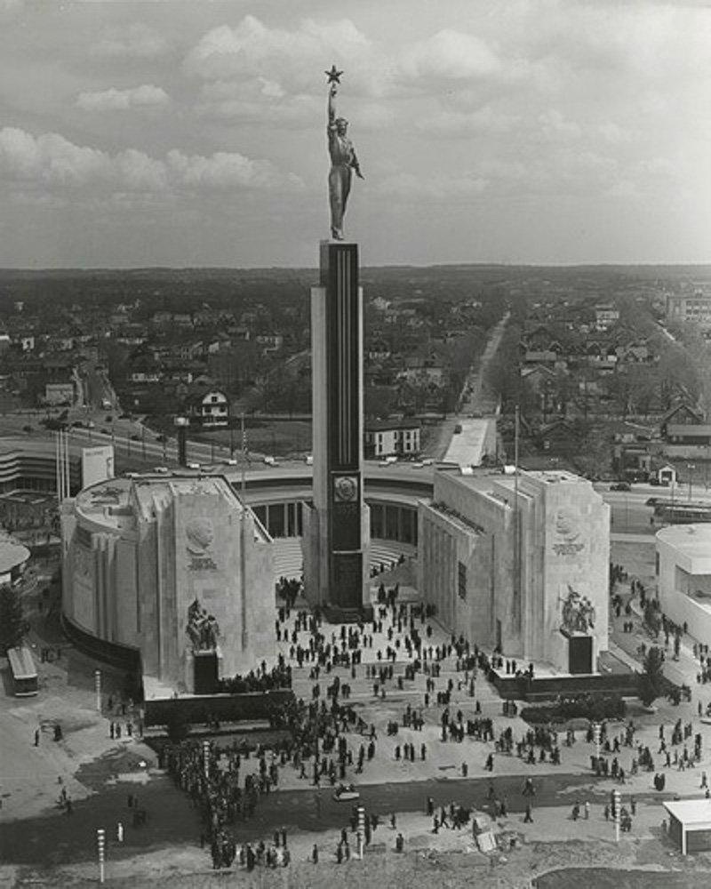 Павильон СССР на Всемирной выставке в Нью-Йорке. 1939 год