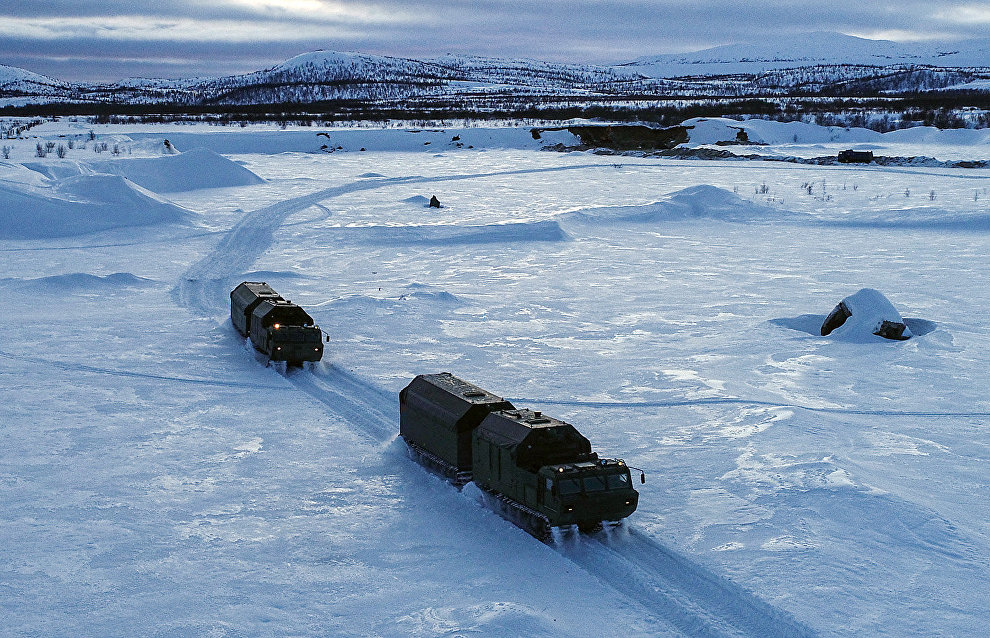 Military field kitchens tested by Arctic