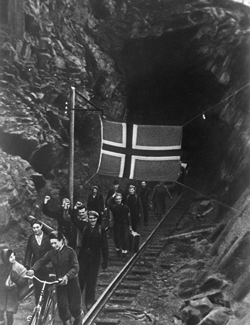 Norwegians liberated by Soviet troops